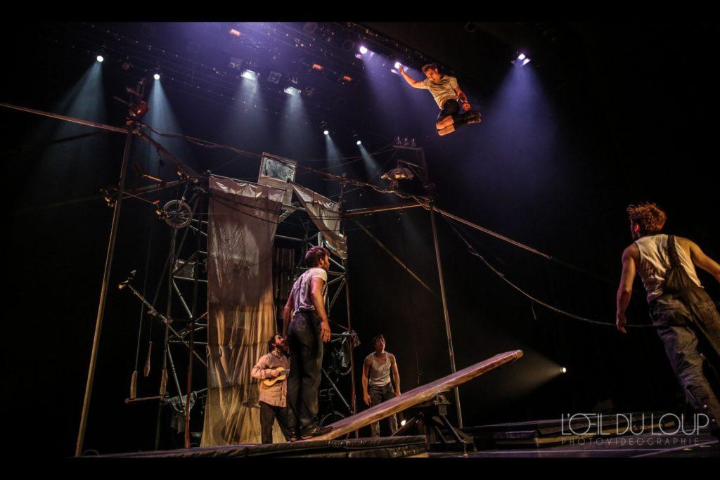acrobaties machine de cirque